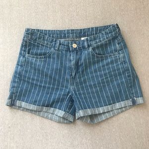Blue and white H&M shorts